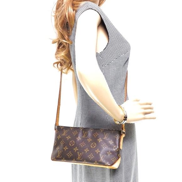 Louis Vuitton Handbags - Auth Louis Vuitton Trotteur Crossbody #2721L24